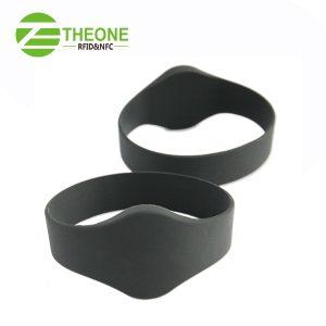 RFID NFC silicone wristband 1 300x300 - RFID NFC Silicone Bracelet