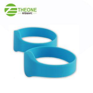 RFID NFC silicone wristband 10 300x300 - RFID NFC Silicone Bracelet