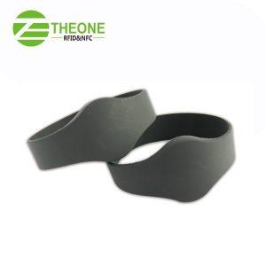 RFID NFC silicone wristband 5 300x300 - RFID NFC Silicone Bracelet