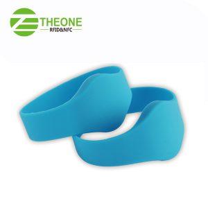 RFID NFC silicone wristband 7 300x300 - RFID NFC Silicone Bracelet