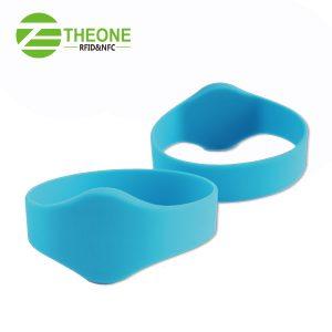 RFID NFC silicone wristband 8 300x300 - RFID NFC Silicone Bracelet