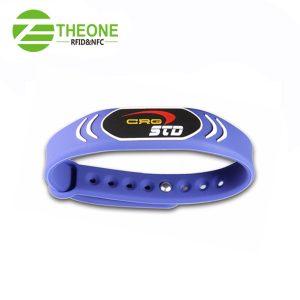 wfegrtyh 300x300 - RFID Silicone Wristband
