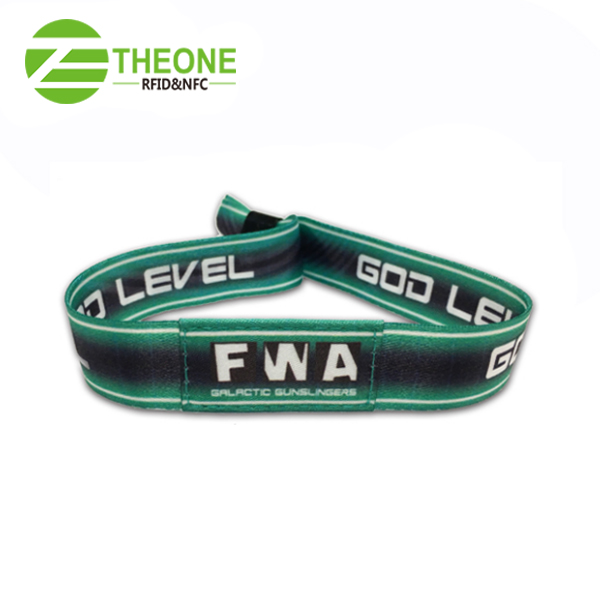 China RFID cloth wristband